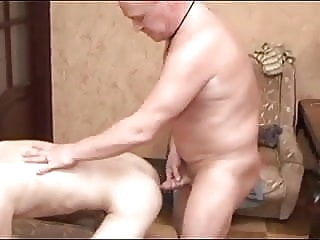 Ay, que calor.... - Old And Young man (gay) gay porn (gay) amateur (gay)