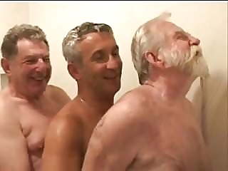 Older Men Cruising in the Woods amateur (gay) bareback (gay) daddy (gay)