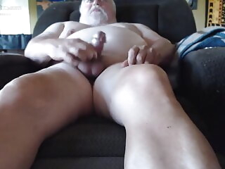 OLD SCHOOL DAD bear daddy masturbation