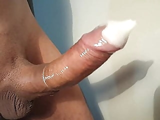 Big cock cum inside a condom!!! amateur (gay) big cock (gay) masturbation (gay)
