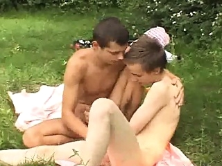 Outdoor Cock Sucking Twinks blowjob (gay) gays (gay) outdoor (gay)