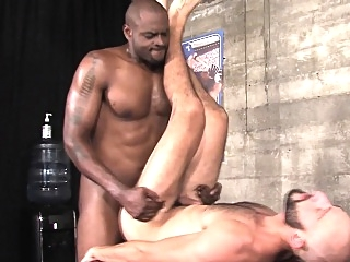 Buff black masseur jizzes big cocks (gay) cumshot (gay) daddies (gay)