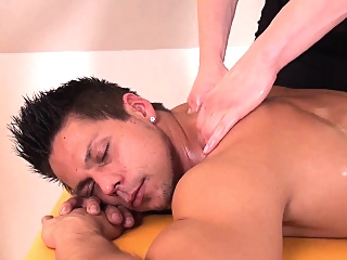 Twunk masseur gets cock out for happy ending gays (gay) hd gays (gay) hunks (gay)