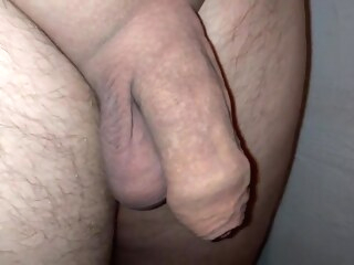 Masturbating my penis close up. gay amateur gay handjob gay masturbation